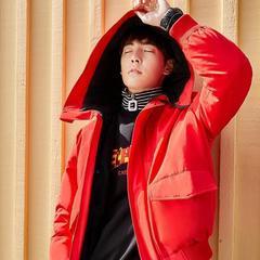 太平鸟新款冬装外套 韩版工装羽绒服男红色连帽羽绒服