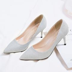 尖头银色高跟鞋闪粉细跟女单鞋气质亮片工作鞋宴会年会香槟金婚鞋